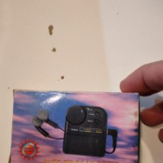 Radios antiguas: R-21N RADIO LA DE FOTO. Lote 232744190