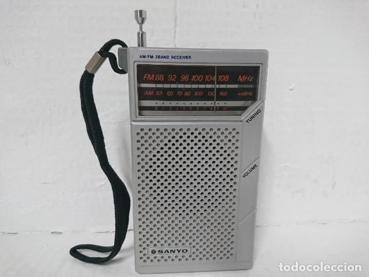 RADIO TRANSISTOR SANYO RP 5065 (Radios, Gramófonos, Grabadoras y Otros - Transistores, Pick-ups y Otros)