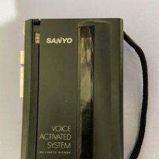 Radios antiguas: GRABADORA WALKMAN SANYO, M-1115, FUNCIONA BIEN. Lote 233421285