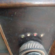 Radios antiguas: RADIO SIEMENS CONSUL D65A FUNCIONANDO. Lote 234385555