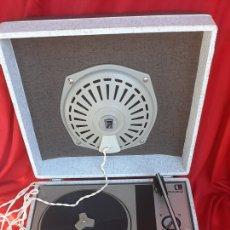 Radios antiguas: ANTIGUO TOCADISCO FARO ANO 70. Lote 235523055