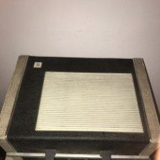 Rádios antigos: TOCADISCOS PE DE MALETA.. Lote 235982140
