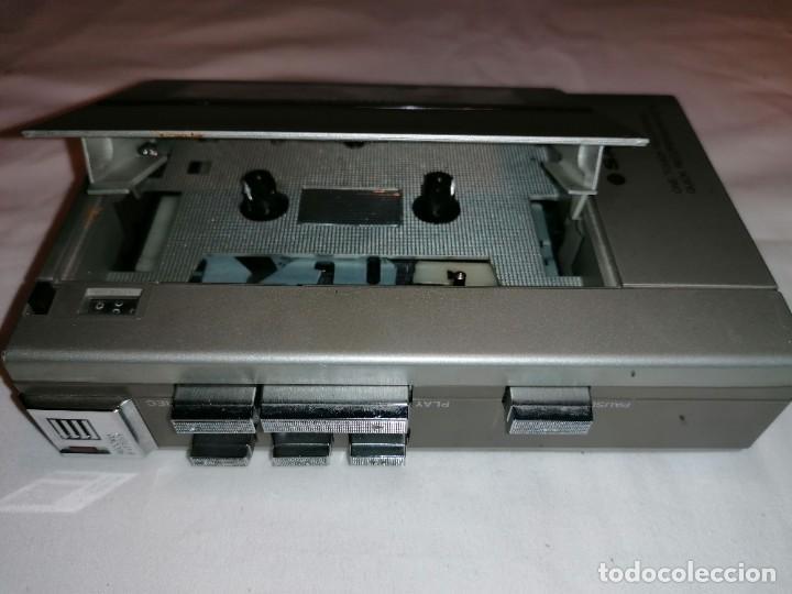 Radios antiguas: Sanyo cassette recorder M-1110 - Foto 7 - 236062155