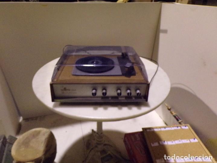 TOCADISCOS VINTAGE MARCA COSMO MODELO 3501 FUNCIONANDO Y BUEN ESTADO (Radios, Gramófonos, Grabadoras y Otros - Transistores, Pick-ups y Otros)