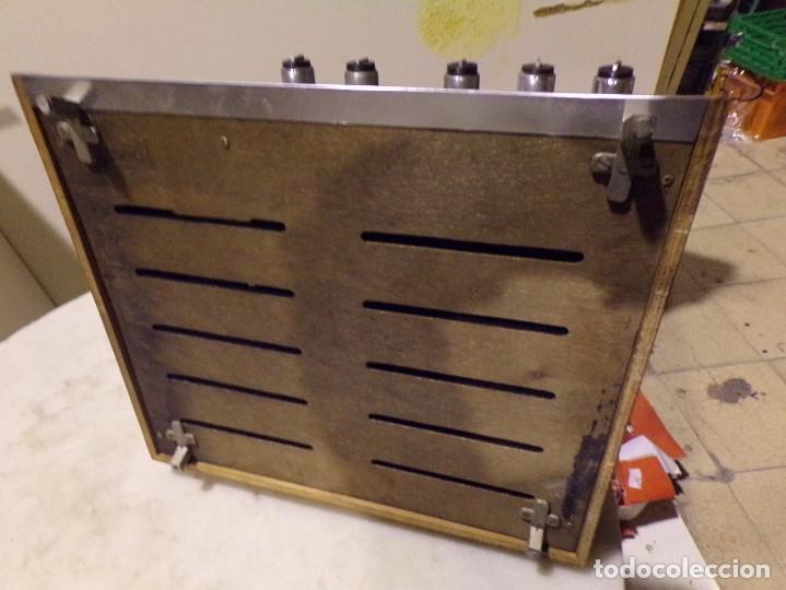 Radios antiguas: tocadiscos vintage marca cosmo modelo 3501 funcionando y buen estado - Foto 12 - 236173150