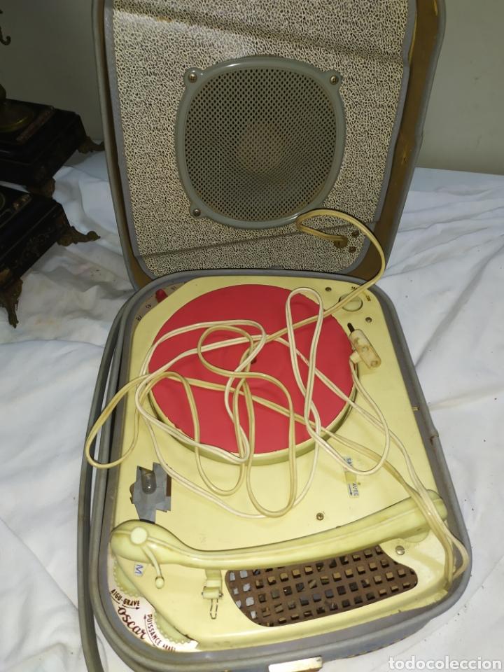 ANTIGUO TOCADISCO DE VÁLVULAS (Radios, Gramófonos, Grabadoras y Otros - Transistores, Pick-ups y Otros)