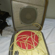 Radios antiguas: ANTIGUO TOCADISCO DE VÁLVULAS. Lote 236438110
