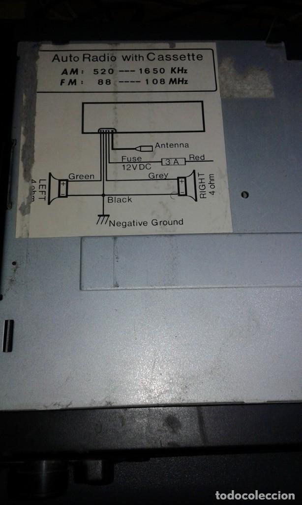 Radios antiguas: RADIO CASSETTE DE COCHE - Foto 2 - 237365770