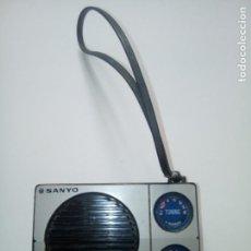 Radios antiguas: RADIO--TRANSISTOR SANYO RP 1245 FUNCIONANDO. Lote 233897455