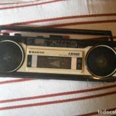 Radios antiguas: RADIOCASETE SANYO RECORDER, 4BAND. (SIN PROBAR) AÑOS 80/90.. Lote 239406945
