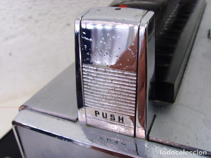 Radios antiguas: RADIO MULTIBANDAS ZENITH 3000 - Foto 14 - 239496400