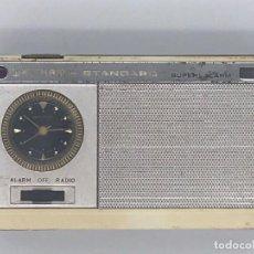 Radios antiguas: ANTIGUO TRANSISTOR WALTHAM * STANDARD SUPER ALARM. Lote 240001355