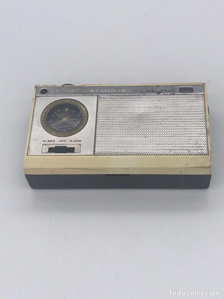 Radios antiguas: ANTIGUO TRANSISTOR WALTHAM * STANDARD SUPER ALARM - Foto 3 - 240001355