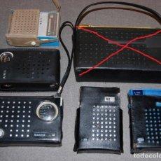 Radios antiguas: LOTE DE CINCO RADIOS TRANSISTORES DE BOLSILLO DE LOS AÑOS 60/70. Lote 242415235