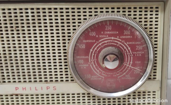 Radios antiguas: RADIO PHILIPS AÑOS 60. NO PROBADA. - Foto 2 - 243561430