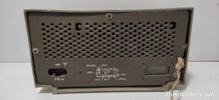 Radios antiguas: RADIO PHILIPS AÑOS 60. NO PROBADA. - Foto 5 - 243561430