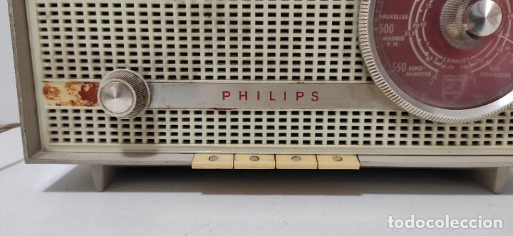 Radios antiguas: RADIO PHILIPS AÑOS 60. NO PROBADA. - Foto 7 - 243561430
