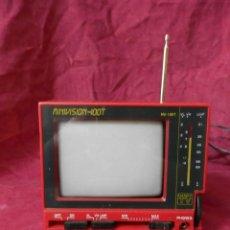 Radios antiguas: TELEVISOR ANTIGUA EN TAMAÑO PEQUEÑO. MINIVISION-100T. CON RADIO. ¡¡ FUNCIONA !!. Lote 243792975