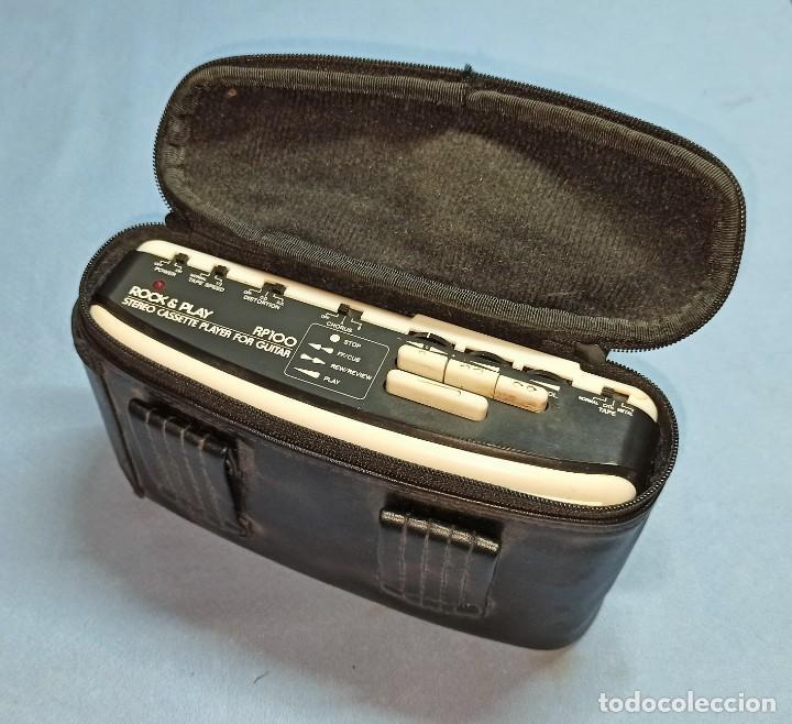 STEREO CASSETTE PLAYER FOR GUITAR ROCK & PLAY RP100 CON SU FUNDA ORIGINAL (Radios, Gramófonos, Grabadoras y Otros - Transistores, Pick-ups y Otros)