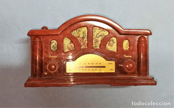 Radios antiguas: RADIO DE FANTASIA FUNCIONA - Foto 2 - 245444610