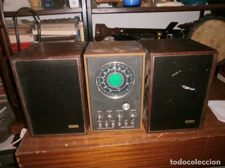 Radios antiguas: TELEFUNKEN HIFI COMPAQ 2000 X VINTAGE - ALTAVOCES PHILIPS MADERA - 26X18x18 CM. FUNCIONANDO - Foto 2 - 246131060