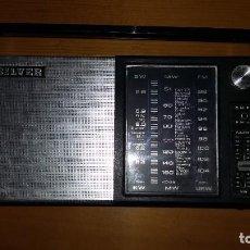 Radios antiguas: RADIO TRANSISTOR SILVER. FUNCIONA.. Lote 247362730