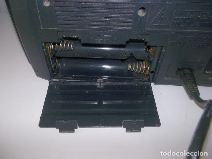 Radios antiguas: RADIO CASSETTE CASETE SONY CFM-140 S II - Foto 8 - 248813095