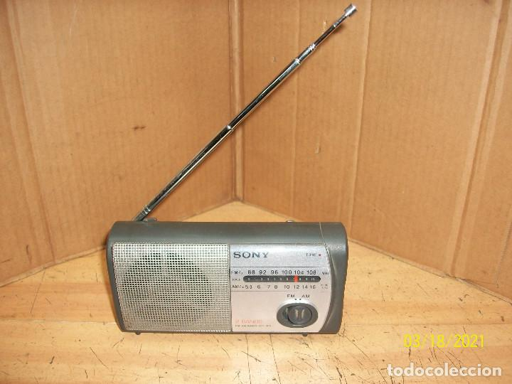 RADIO SONY MODELO ICF 303-FUNCIONA (Radios, Gramófonos, Grabadoras y Otros - Transistores, Pick-ups y Otros)