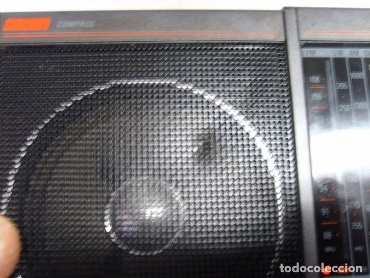 Radios antiguas: RADIO MULTIBANDAS PHILIPS COMPAS D1835 - Foto 5 - 249372195