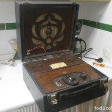 Radios antiguas: RADIO BEETHOVEN PORTABLE 1934 DE COLECCIÓN MODEL MINOR PORTABLE SG4 BEETHOVEN ELECTRIC EQUIPMENT. Lote 249405230