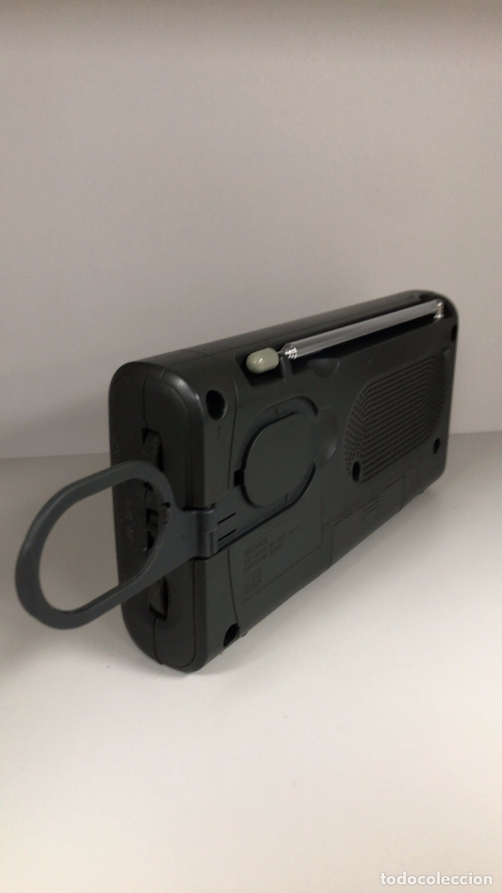 Radios antiguas: Radio Sony ICF 403S. Funciona, ver vídeo. - Foto 8 - 253370355