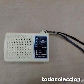 RADIO TRANSISTOR AM INTERNATIONAL VINTAGE, FUNCIONANDO (Radios, Gramófonos, Grabadoras y Otros - Transistores, Pick-ups y Otros)