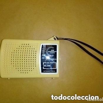 Radios antiguas: RADIO TRANSISTOR AM INTERNATIONAL VINTAGE, FUNCIONANDO - Foto 5 - 253551145