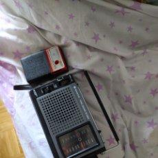 Radios antiguas: 2 RADIO TRANSISTORES UN SANYO RP 6160 D Y OTRO AMPETCO 6 SOLID STATE. Lote 254120715