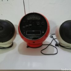 Radios antiguas: WELTRON RADIO CASSETTE. DISEÑO VINTAGE. FUNCIONA RADIO.. Lote 254126185