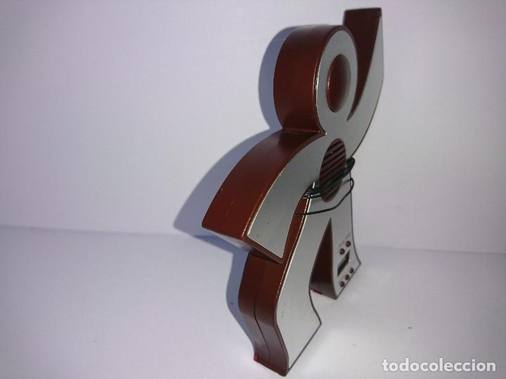 Radios antiguas: Radio transistor Muñeco - Foto 2 - 254672625