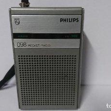 Radios antiguas: RADIO TRANSISTOR PHILIPS 098. Lote 254792725