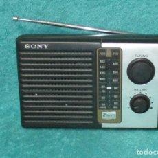 Radios antiguas: RADIO TRANSISTOR SONY MODELO ICF- F10. Lote 254903965