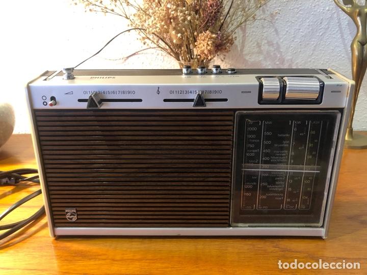 Radios antiguas: Radio philiphs vintage años 70 - Foto 2 - 257815705