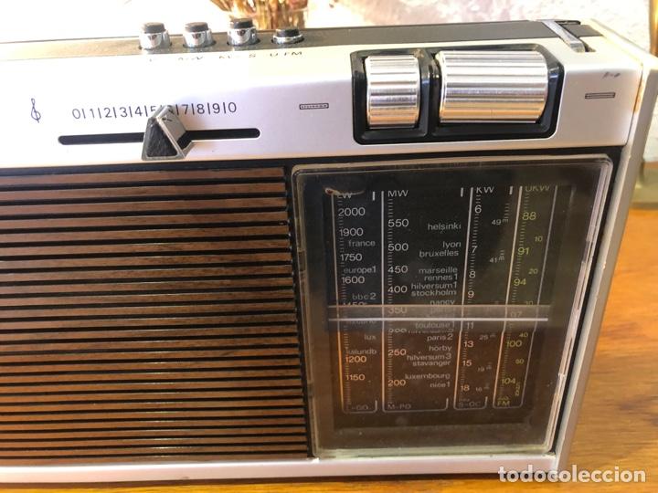 Radios antiguas: Radio philiphs vintage años 70 - Foto 5 - 257815705