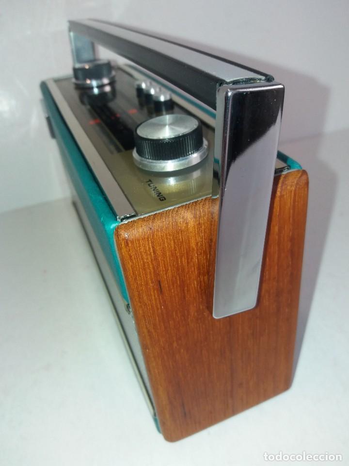 Radios antiguas: PRECIOSO RADIO TRANSISTOR RAMBLER VINTAGE AÑOS 60s - Foto 4 - 260093330