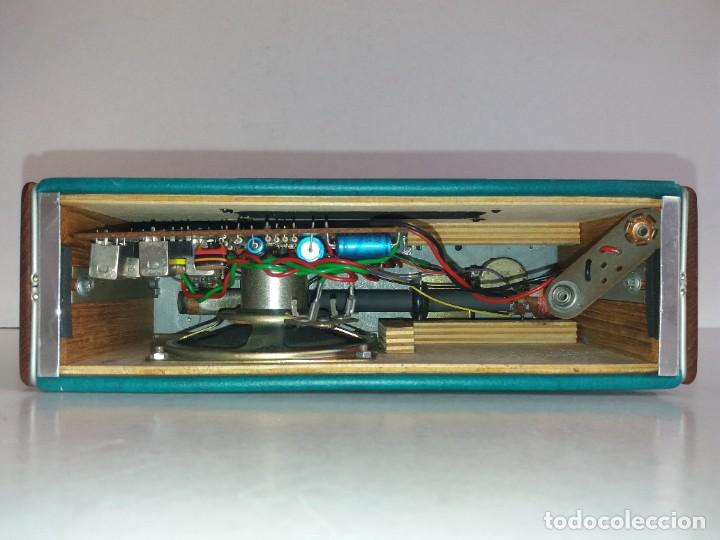 Radios antiguas: PRECIOSO RADIO TRANSISTOR RAMBLER VINTAGE AÑOS 60s - Foto 24 - 260093330