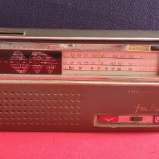 Radios antiguas: ANTIGUO RADIO VANGUARD RANGER TRANSWORLD SINTONIA NO FUNCIONA. Lote 260678565