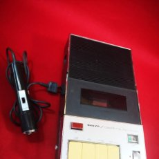 Radio antiche: MAGNETÓFONO CASSETTE RECORD VINTAGE SANYO MOD. M88D MADE IN JAPAN AÑOS 60. Lote 262516225
