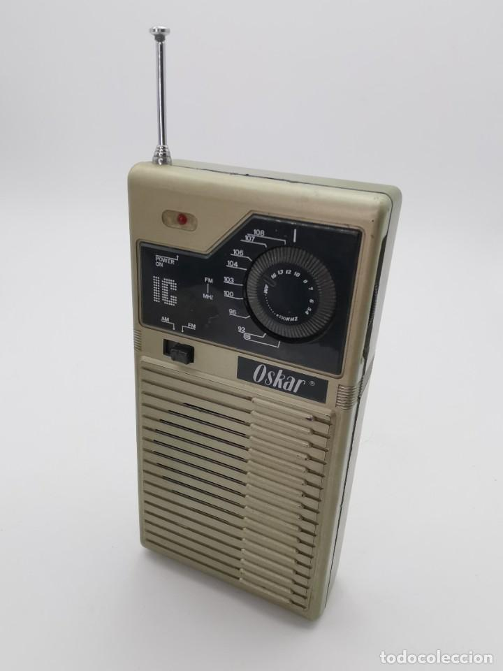 ANTIGUA RADIO TRANSISTOR OSKAR. (Radios, Gramófonos, Grabadoras y Otros - Transistores, Pick-ups y Otros)