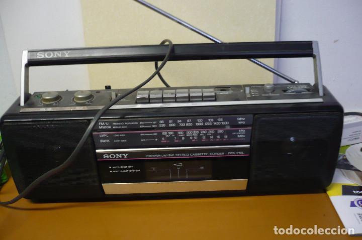 RADIO CASETE ESTEREO SONY (Radios, Gramófonos, Grabadoras y Otros - Transistores, Pick-ups y Otros)