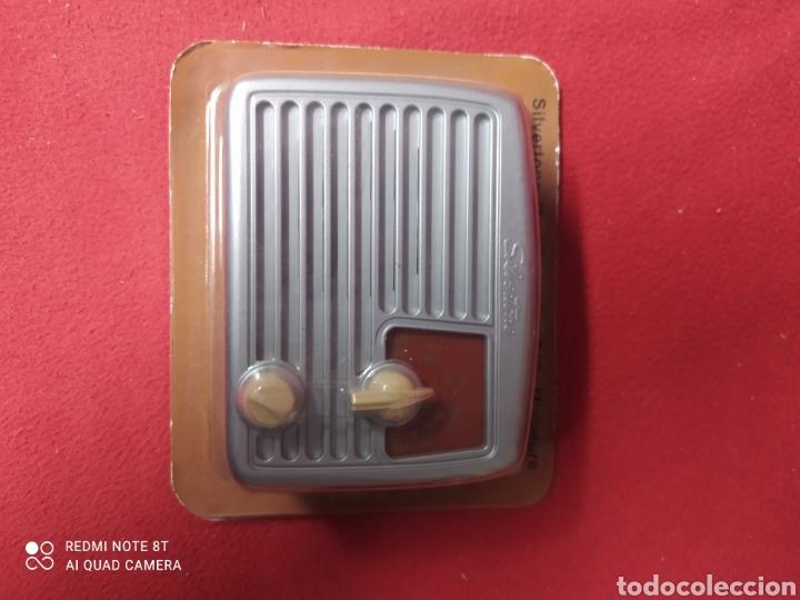 Radios antiguas: RADIO DE ANTAÑO SILVERSTONE AÑO 1949 - Foto 2 - 264806879