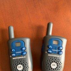 Radios antiguas: 2 WALKIE TALKIES MOTOROLA T 4502. Lote 267231509
