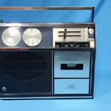 Radios antiguas: RADIO - CASETTE - ASTRONAUTA FM-AM. Lote 268586889