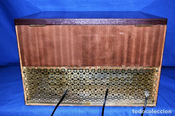 Radios antiguas: Mueble amplificador con tocadiscos hecho artesanalmente años 60 - Foto 12 - 269032125